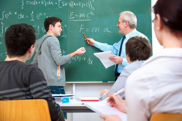 Useful Tips To Help You Excel In Dell DEA-64T1 Exams