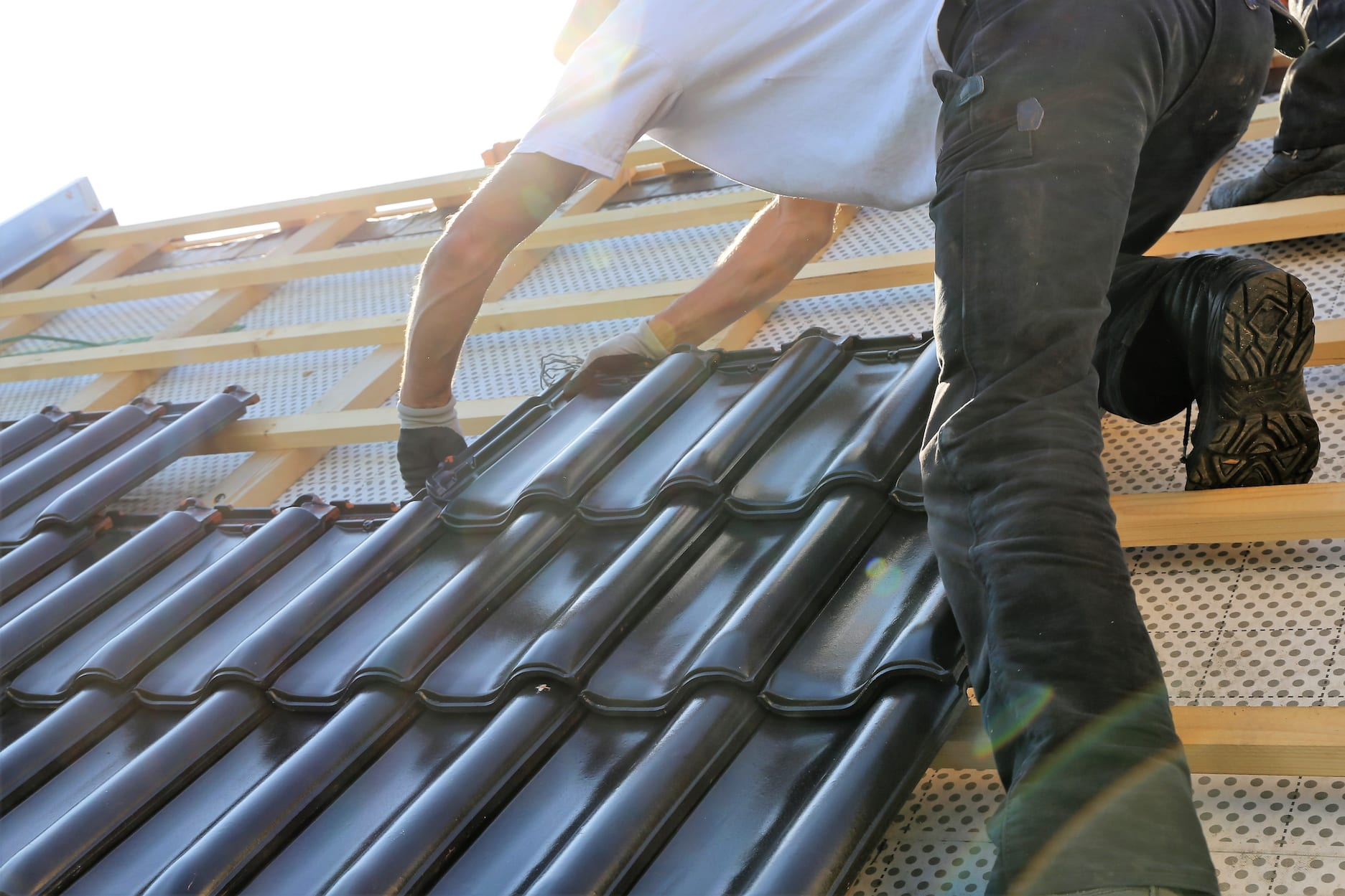 2 Roofing Firms Working In Pierce County Fined For Unsafe Working Conditions