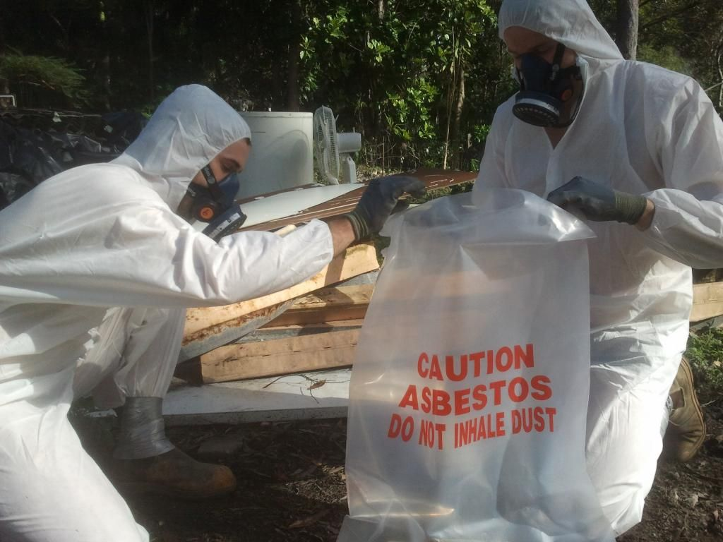 A practical guidance for asbestos disposal from a property!